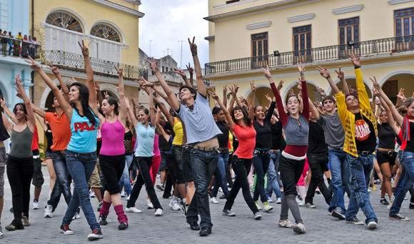 Organiza un flashmob en tu despedida de soltera
